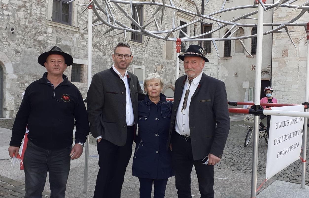 100 Jahre Annexion Südtirol– Dornenkrone nun auch in Trient